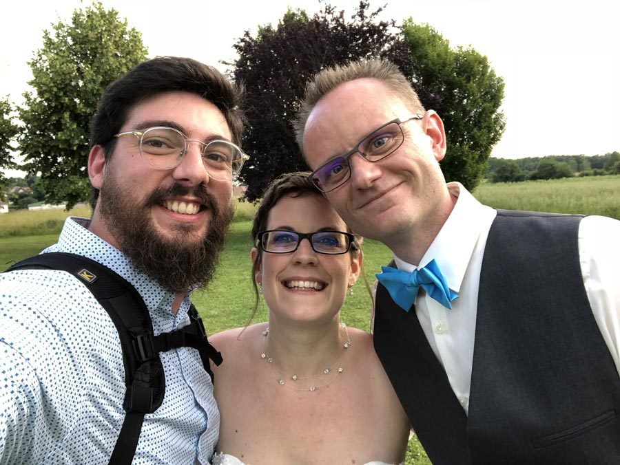 backstage photographe titouan mariage selfie maries 2
